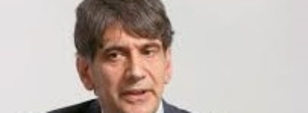 Carlo Tansi abbandona il campo della politica. L'annuncio sui social