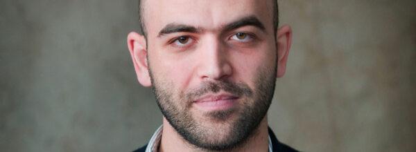 Verona revoca la cittadinanza onoraria allo scritto Roberto Saviano