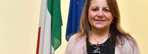 FESTA DELLA MAMMA.  l'AUGURIO DELL'ASSESSORE REGIONALE ALLE pARI OPPORTUNITà, DOMENICA Catalfamo: «Auguri a tutte le mamme calabresi»